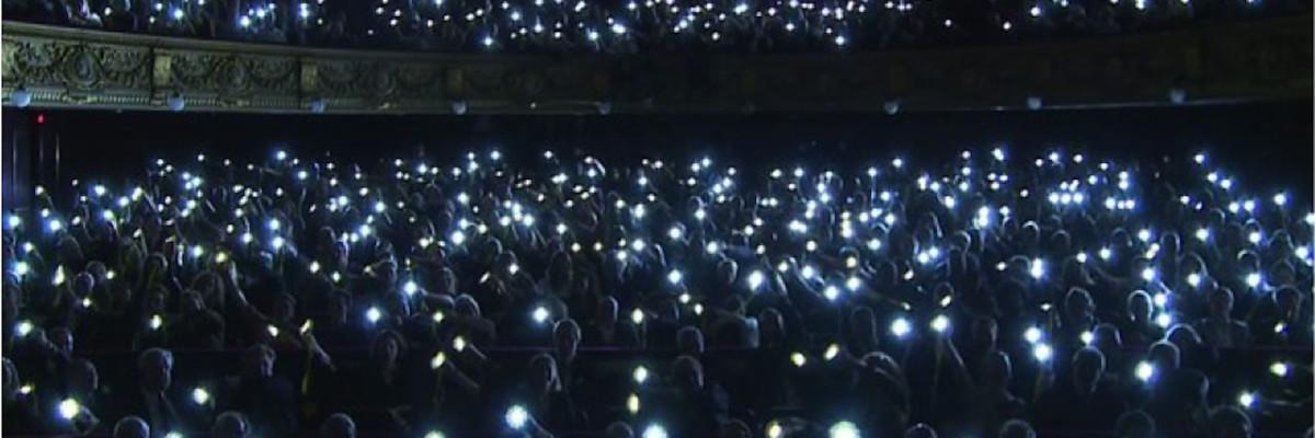 little_sun_theatre_crowd - copie